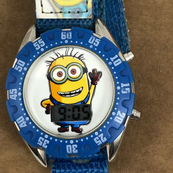 Universal Other - Despicable Me Minion Digital Watch